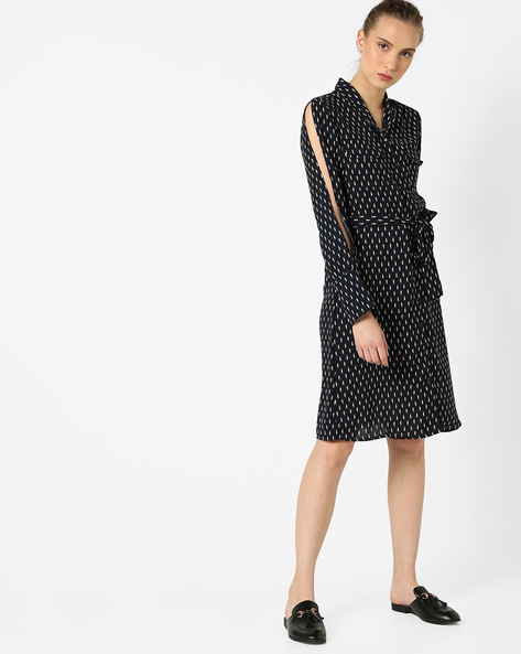Shirt Dress With Slit Sleeves By AJIO ( Navy )
