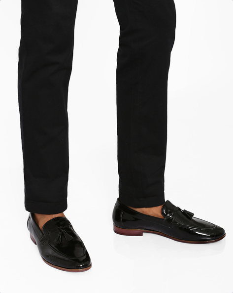 Faux-Leather Tassel Loafers By Modello Domani ( Black )