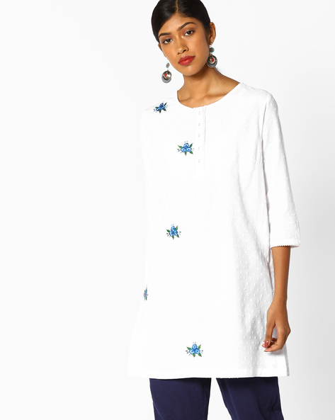Tunic With Floral Embroidery By AJIO ( White )