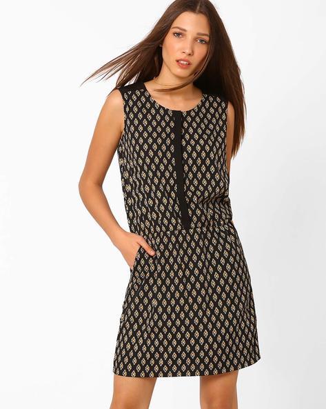 Printed Blouson Dress By AJIO ( Black )