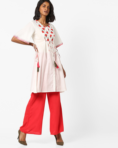 Floral Print Flared Kurta With Tie-Ups By AJIO ( Ivory )