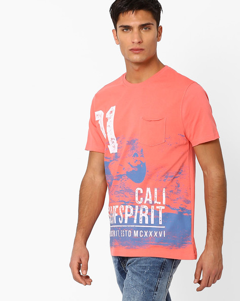Graphic Print T-shirt With Patch Pocket By Teamspirit ( Coral )