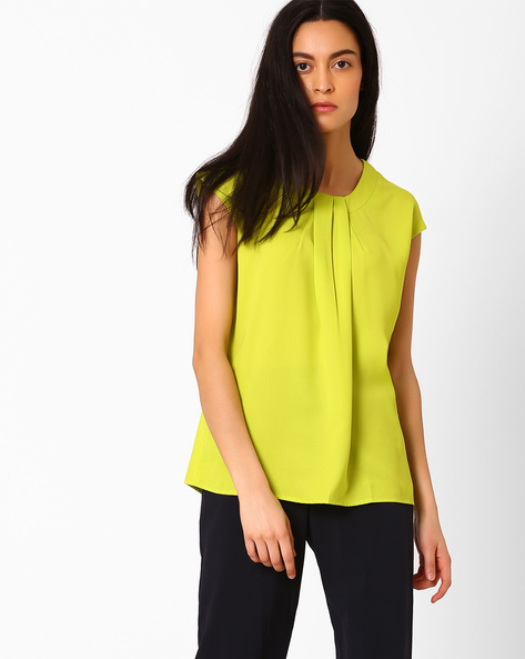 Pleat-Front Top With Extended Sleeves By AJIO ( Limegreen )