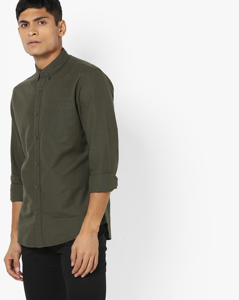 Button-Down Shirt With Patch Pocket By AJIO ( Olive )