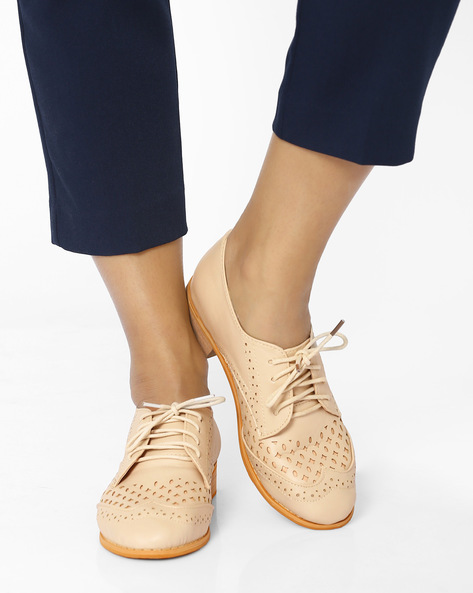 Brogues With Cut-Out Detail By MFT Couture ( Beige )
