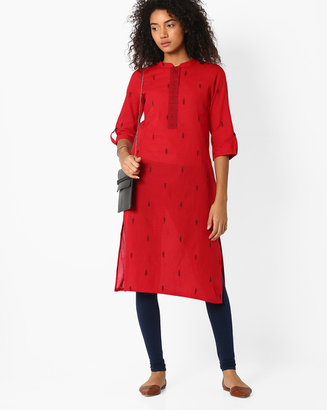 Embroidered Kurta With Roll-Up Tabs By Avaasa Ariah ( Red )