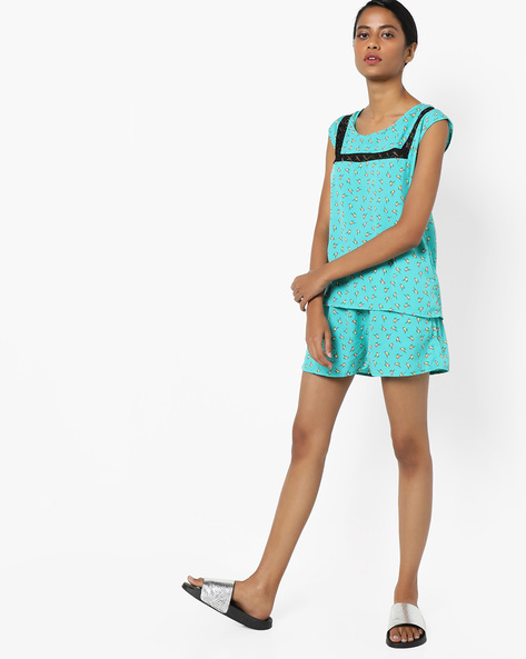 Sleeveless Printed Top With Shorts By Clovia ( Green )