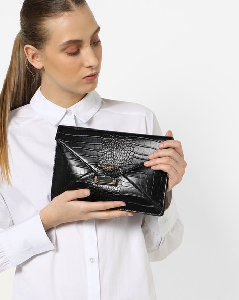 Textured Envelope Clutch With Sling Strap By Carlton London ( Black )