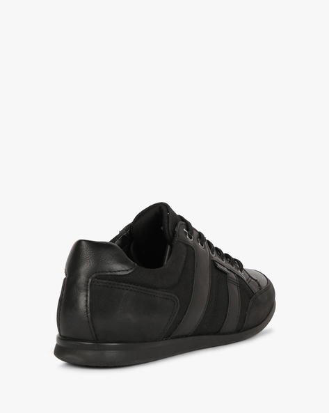 Low-Top Lace-Up Shoes By Bond Street By Red Tape ( Black )