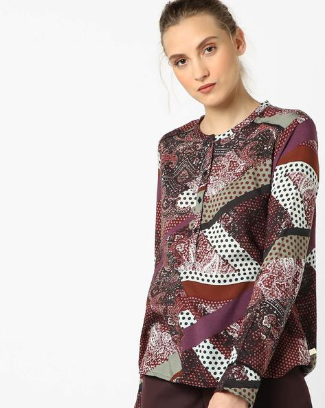 Printed Top With Button Closure By UNITED COLORS OF BENETTON ( Wine )