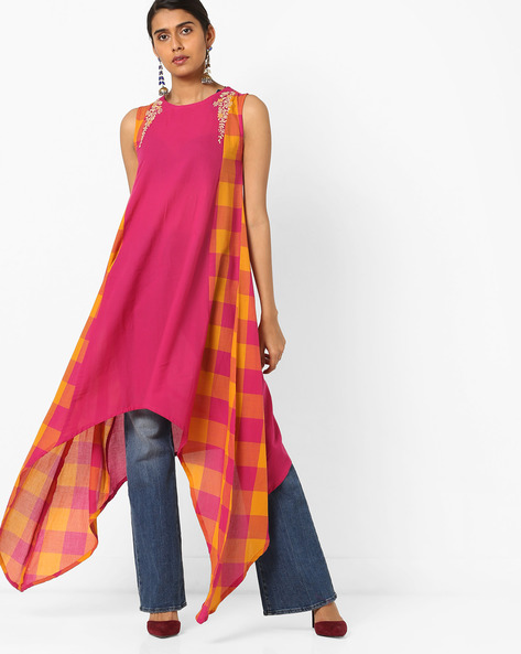 Checked Kurta With Handkerchief Hem By AJIO ( Magenta )