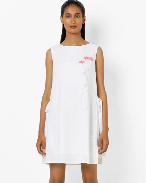 Layered Shift Dress With Tie-Ups By AJIO ( White )