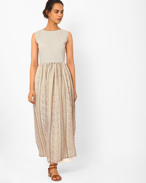 Printed Maxi Dress With Front Slits By Vajor ( Beige )