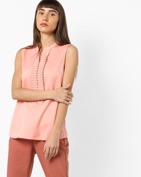 Textured Sleeveless Top With Mandarin Collar By AJIO ( Pink )