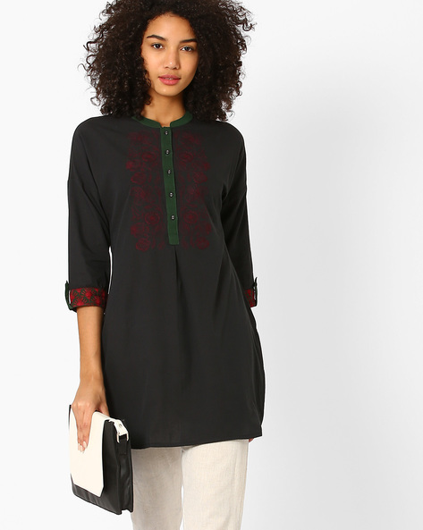 Tunic With Floral Embroidery By AJIO ( Charcoal )