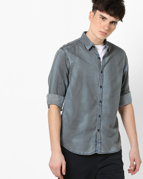 Lightly Washed Slim Fit Shirt By AJIO ( Blue )