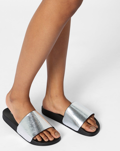 Textured Open-Toe Slide Flats By Glamorous ( Silver )