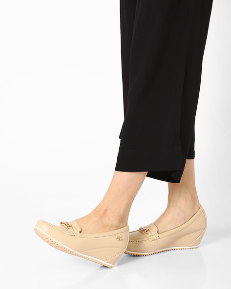 Wedge Loafers With Metal Accent By Carlton London ( Beige )