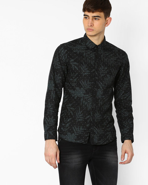 Printed Slim Fit Shirt With Patch Pocket By Locomotive ( Black )