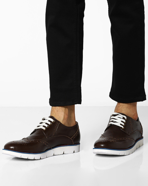 Lace-Up Shoes With Broguing By BCK By Buckaroo ( Brown )