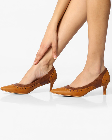 Textured Pumps With Brogue Upper By AJIO ( Tan )