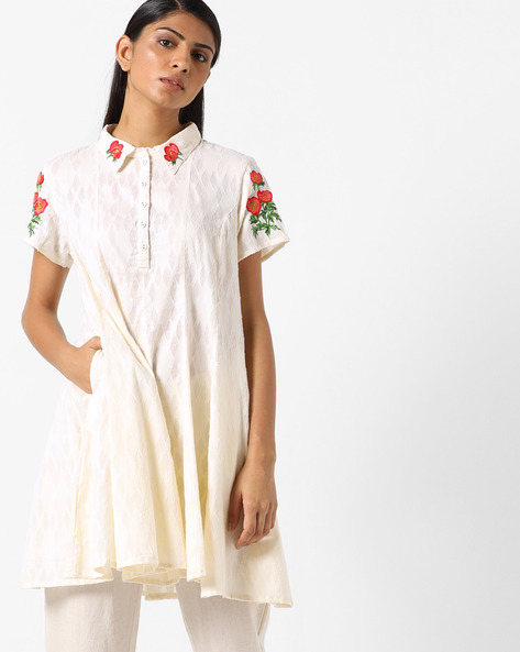 Flared Tunic With Floral Embroidery By AJIO ( Offwhite )
