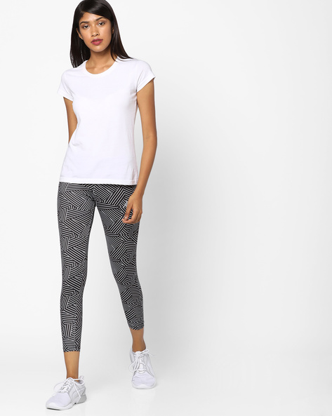 Printed Cropped Leggings By KAPPA ( Black )