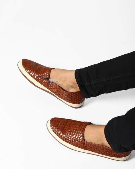 N9-Treated Faux Leather Casual Shoes By AJIO ( Darkbrown ) - 460080036005