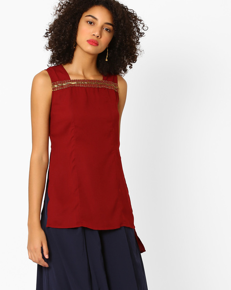 High-Low Top With Embroidery By AJIO ( Maroon )