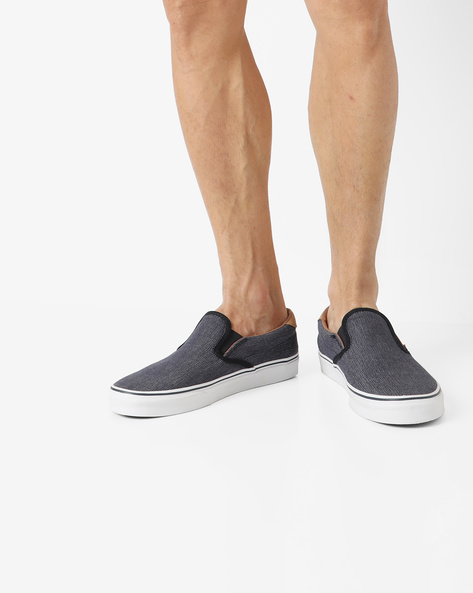 Textured 59 Slip-On Shoes By Vans ( Navy )