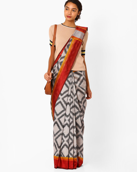 Geometric Print Saree With Contrast Border By Florence ( Red )