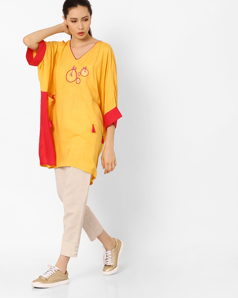Panelled Loose Tunic With Embroidery By AJIO ( Yellow )