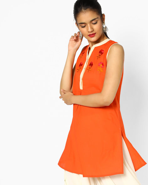 Sleeveless Tunic With Floral Embroidery By AJIO ( Tomato )