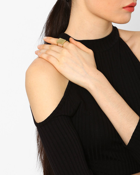 Statement Block Ring By AJIO ( Gold )