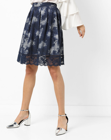 Pleated Skirt With Lace Hem By AJIO ( Navy )