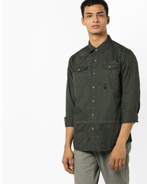 Panelled Shirt With Buttoned Pockets By AJIO ( Olive )