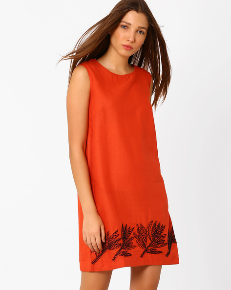 Sleeveless Shift Dress With Embroidery By Rena Love ( Orange )