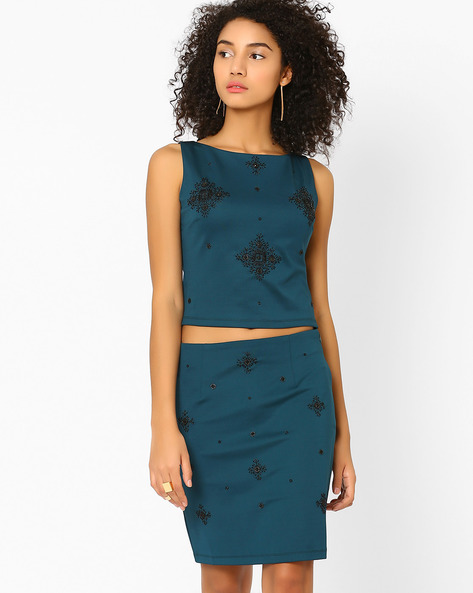 Embellished Sleeveless Crop Top By AJIO ( Green )