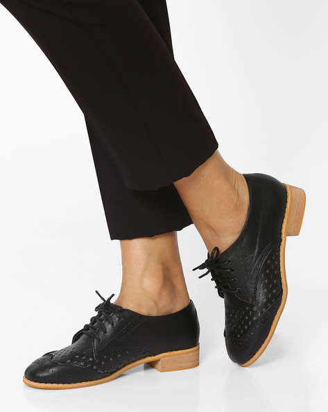 Brogues With Cut-Out Detail By MFT Couture ( Black )