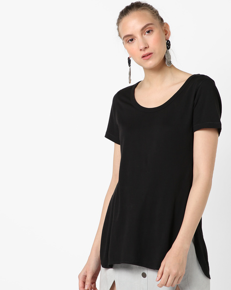 Scoop-Neck T-shirt With Side Slits By SATVA ( Black )