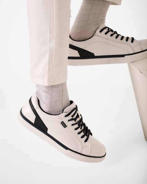 Low-Top Lace-Up Shoes By Bond Street By Red Tape ( White )