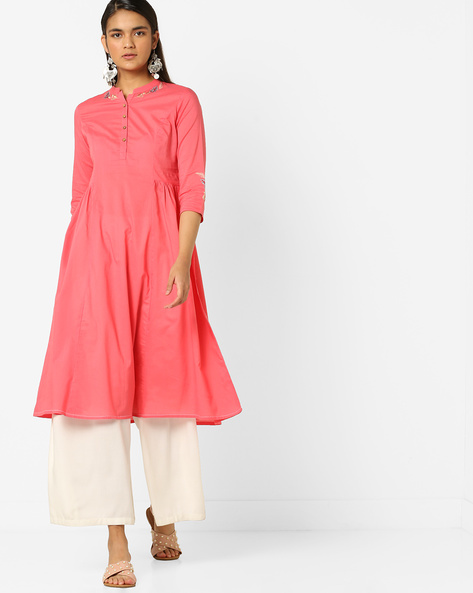 Embroidered A-line Kurta With Mandarin Collar By AJIO ( Coral )