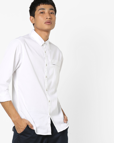 Slim Fit Shirt With Welt Pocket By AJIO ( White )