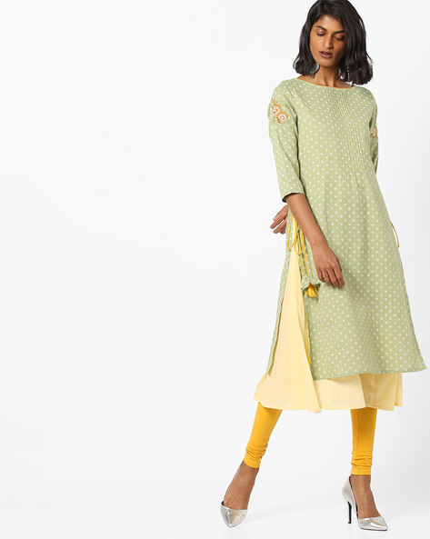Embroidered Layered Kurta With Tie-Ups By AJIO ( Green )