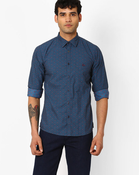 Slim Fit Shirt With Patch Pocket By CRIMSOUNE CLUB ( Blue )