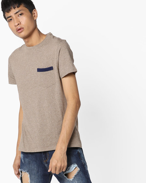 Textured Crew-Neck T-shirt With Patch Pocket By AJIO ( Olive )