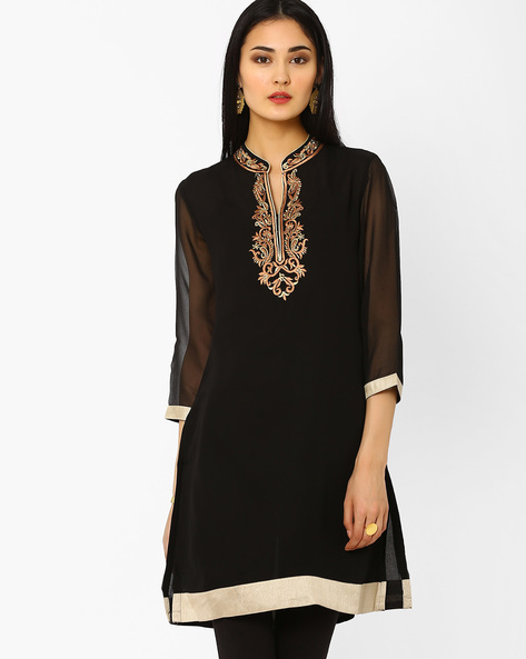 Embroidered Kurta With Crystal Embellishments By AJIO ( Black )