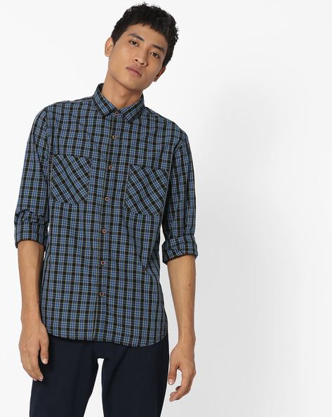 Checked Shirt With Twin Pockets By AJIO ( Grey )