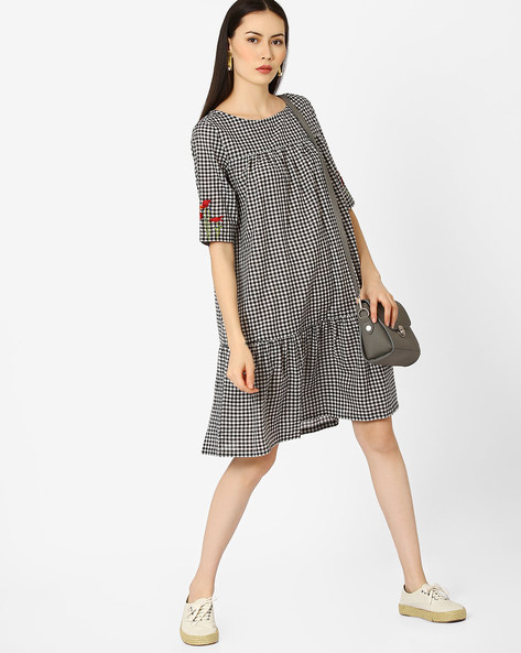 Checked Dress With Embroidery By AJIO ( Black )