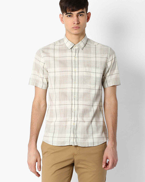 Regular Fit Checked Shirt With Patch Pocket By NETPLAY ( Khaki )